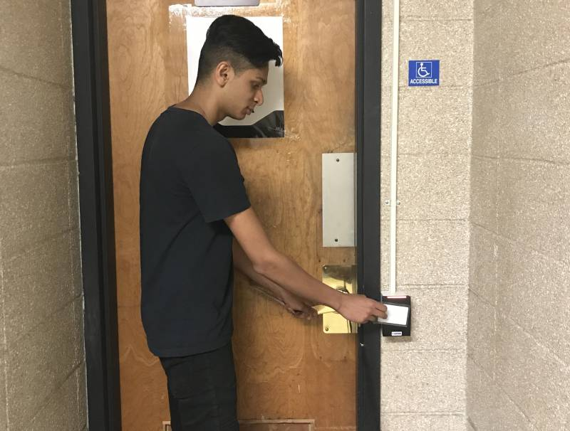 Bhuvan Dave, experiencing a technical malfunction prohibiting him from accessing the facilities.